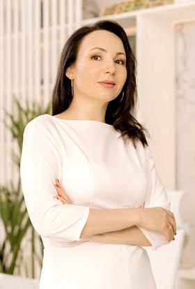 Бондаренко (Перова) Карина Шамильевна